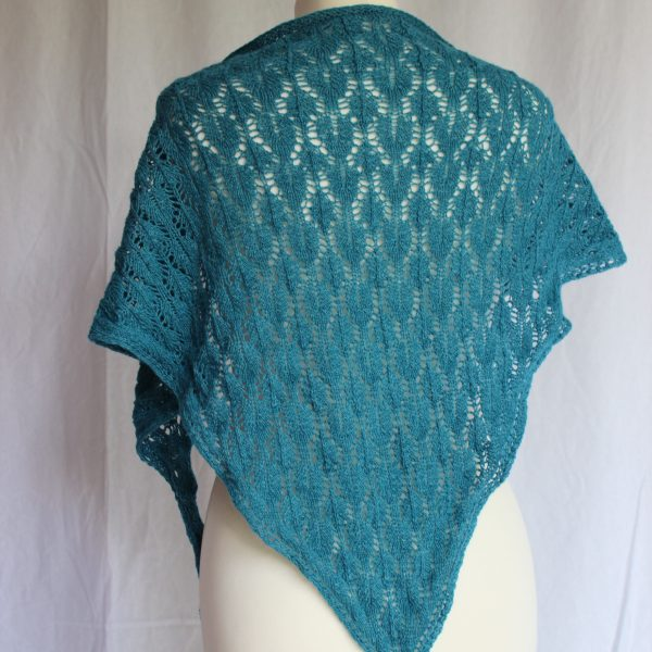 Dora shawl