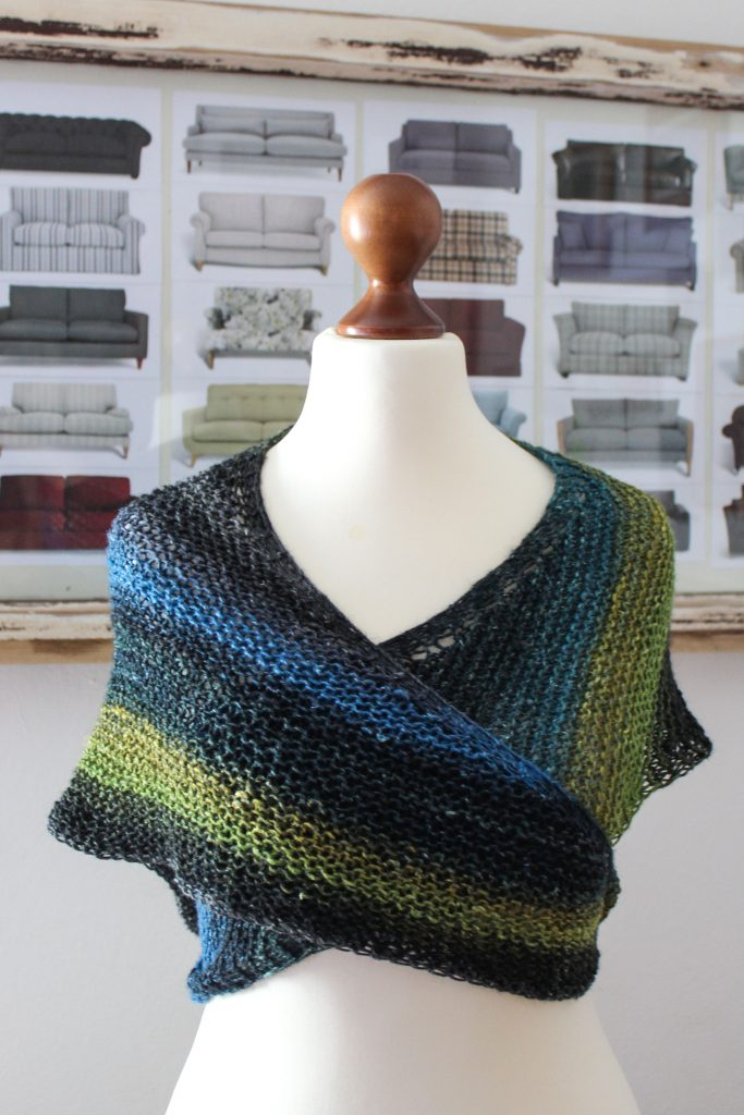 Basic Cornucopia Shawl by Julia Riede