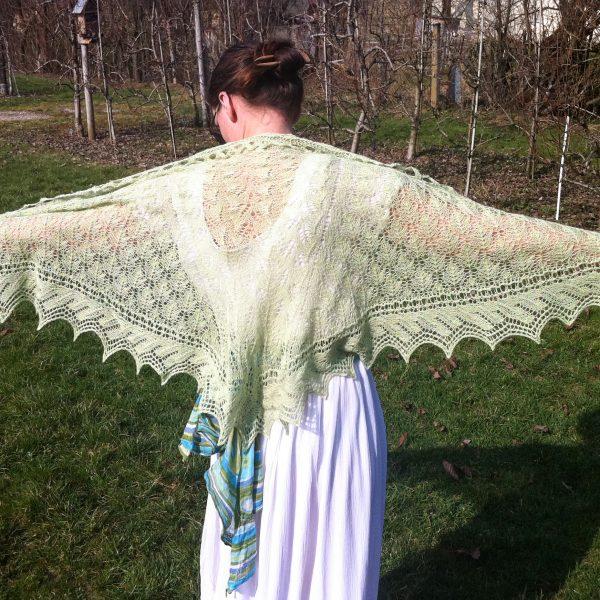 Callie shawl