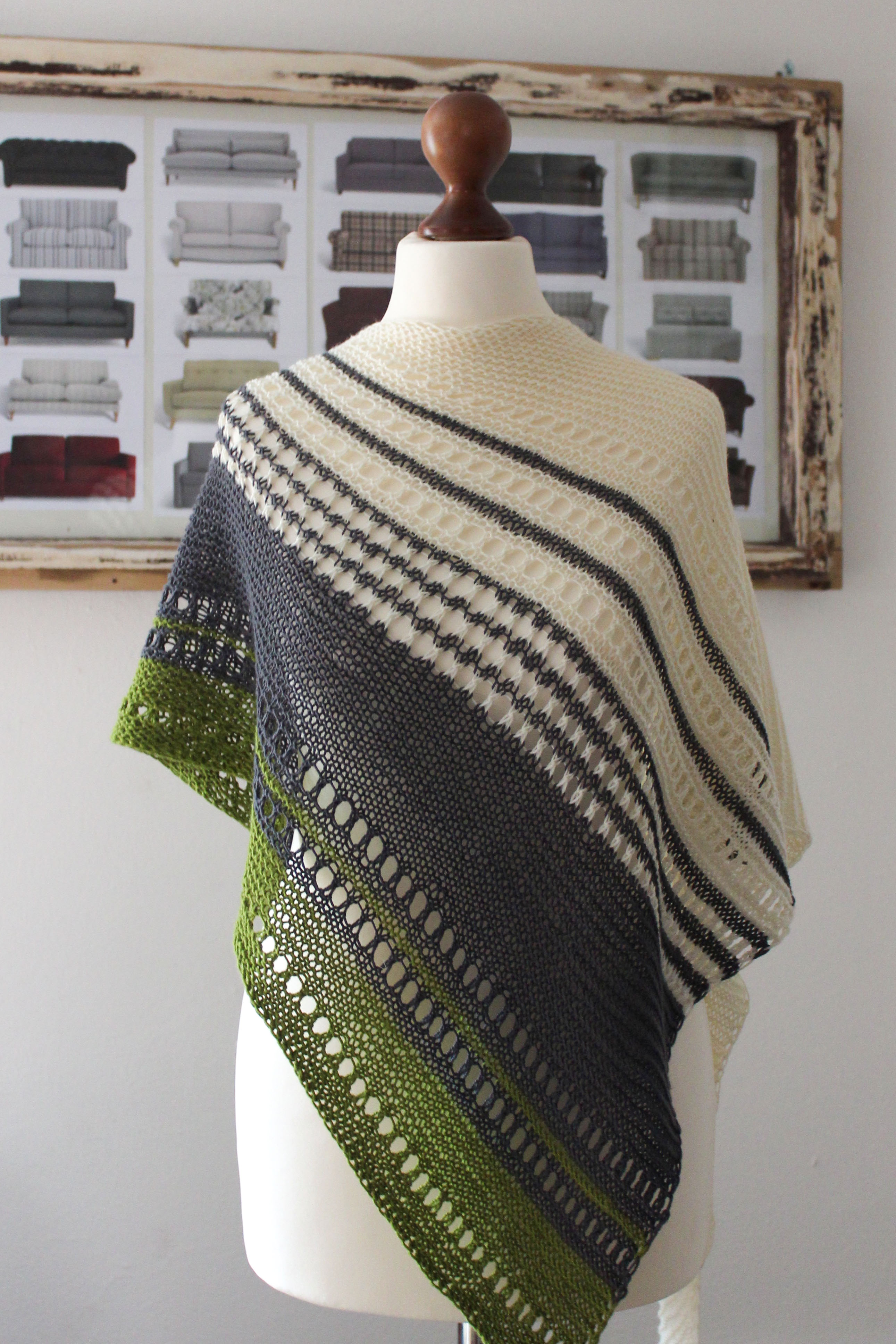 Color & Lace Easy Shawl Knitting Pattern - Knitting.Today
