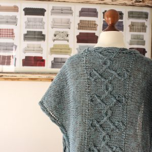 Aegean Sea shawl knitting pattern by Julia Riede