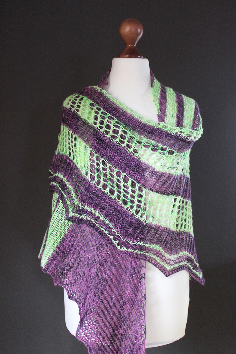 Paranoid Unicorn shawl knitting pattern
