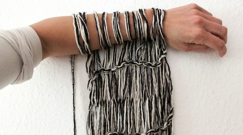Arm Knitting How To Knit A Scarf In Only 30 Minutes Knitting Today