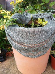 Elisabeth crescent shawls