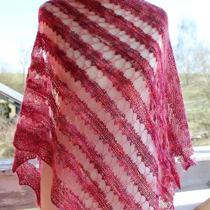 Love Pink shawl knitting pattern