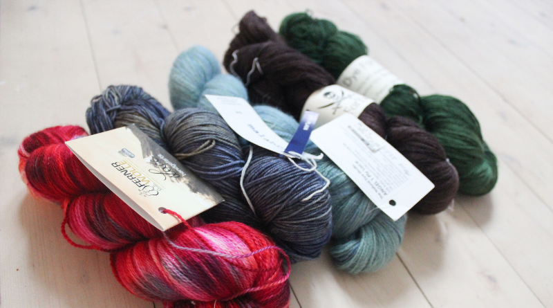 Shawl Knitting Yarn