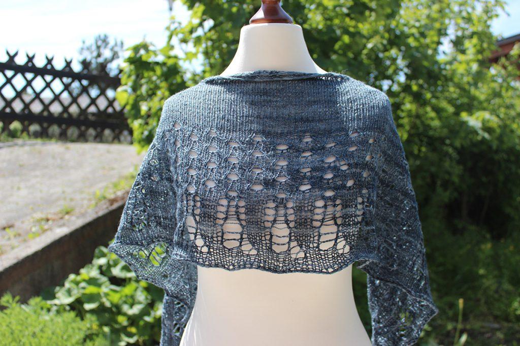 Knitting Art in Nature - Cortinetta Tripodiscus