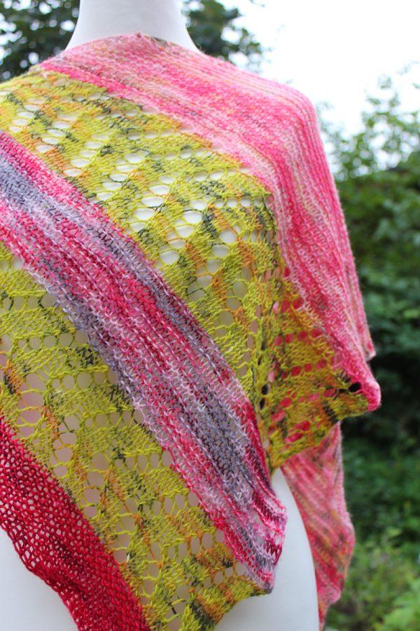 Spirotaenia Condensata shawl knitting pattern